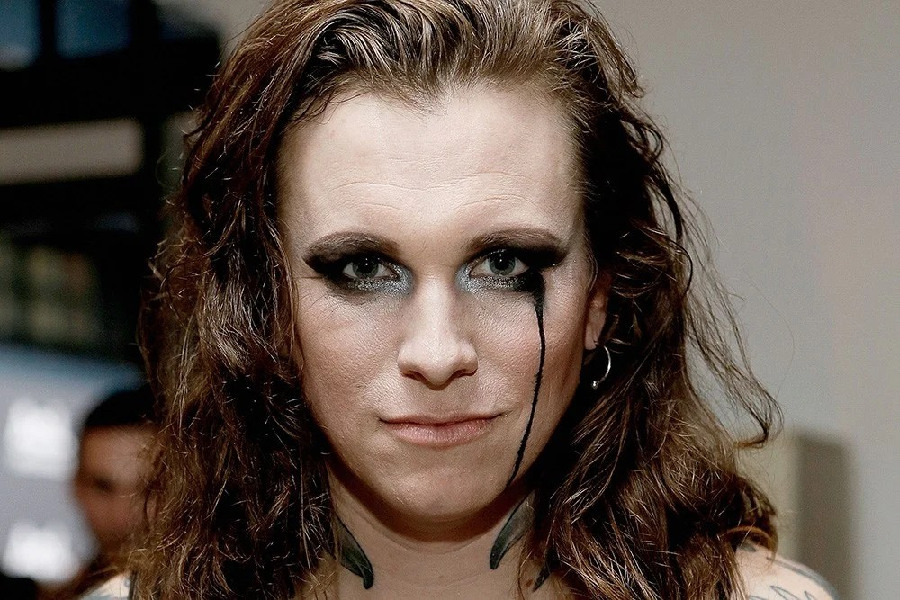Against Mes Laura Jane Grace to Use North Carolina Show