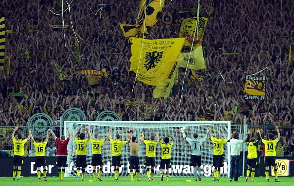 The Dortmund faithful will definitely make life difficult for Lewandowski if and when he returns to Signal Iduna Park