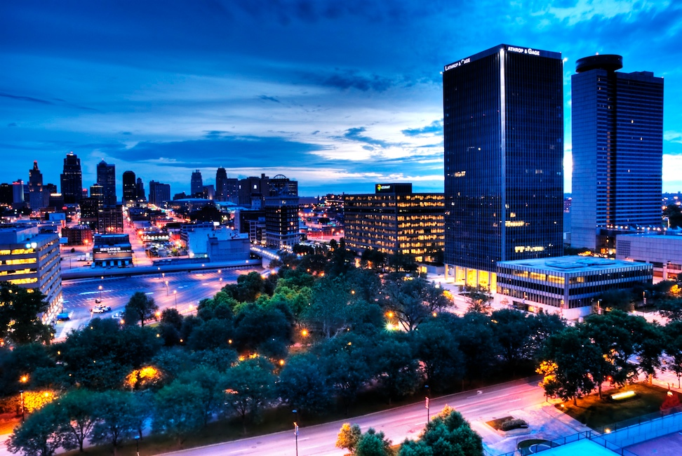 A Blue Hour Moment In Kansas City Nomadic Pursuits A Blog By Jim Nix