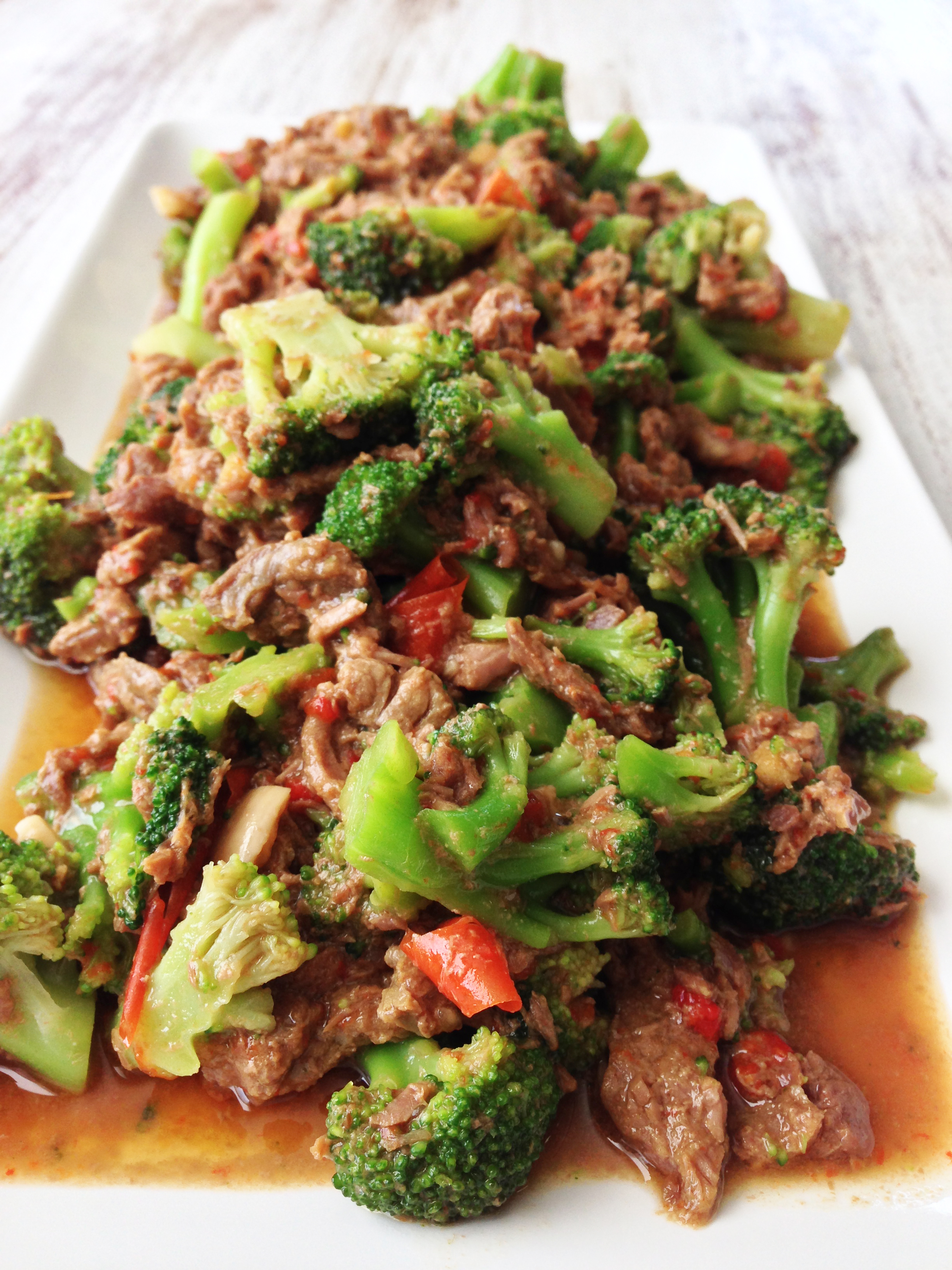 Healthy Crock Pot Beef & Broccoli