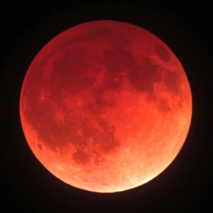 BLOOD MOON APRIL 15, 2014 - JW YOUNG FROM SPACEWEATHER.COM