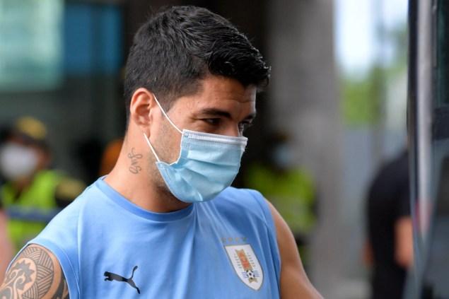 Suárez test positive for COVID