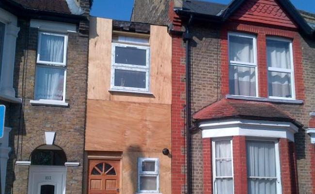 Britain S Narrowest House In Leyton To Be Torn Down