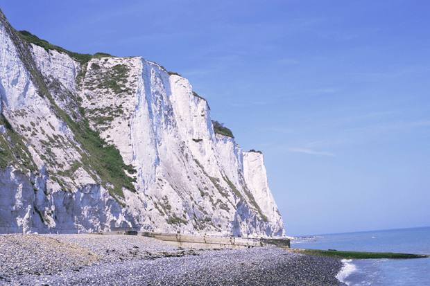 Chalk collapses from White Cliffs of Dover  London