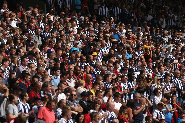 Fall Cartoon Wallpaper Average Football Ticket Prices Fall London Evening Standard