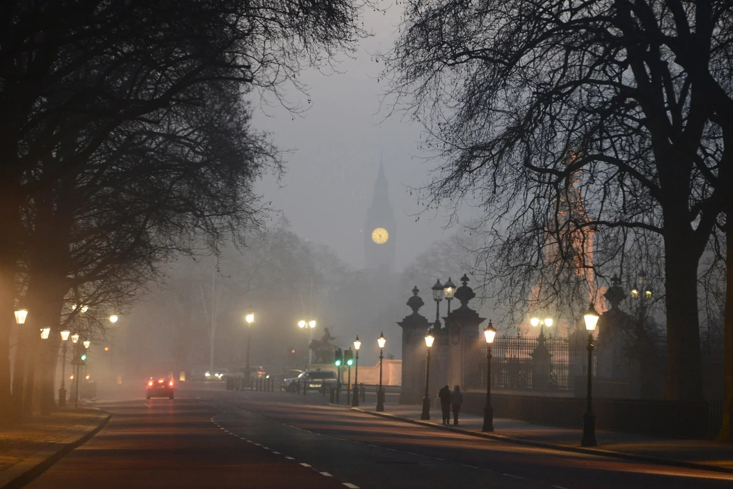 UK flights cancelled due to thick early morning fog  London Evening Standard