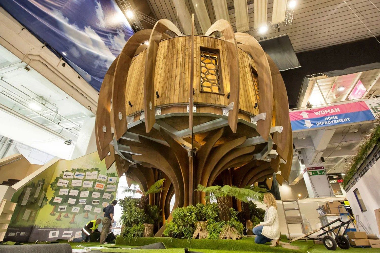 Living the high life luxury 500000 treehouse unveiled