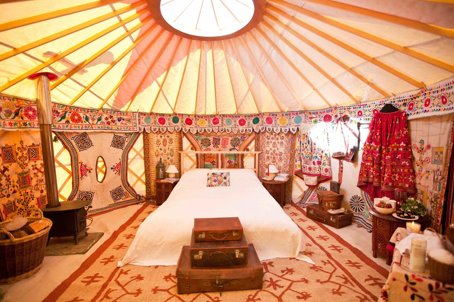 From helicopters to fourposter beds how to glamp your