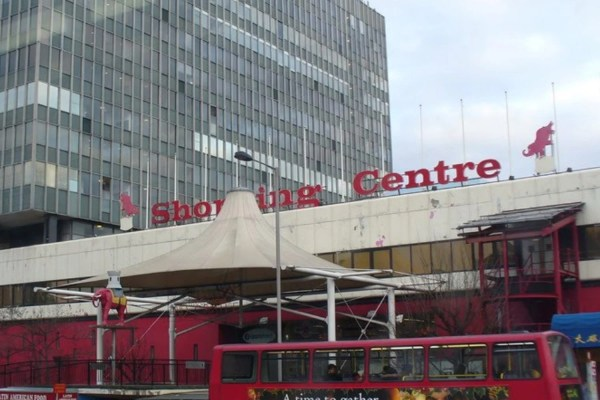 Man Stabbed Elephant And Castle Shopping Centre