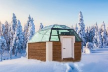 Hotel Arctic Snow Glass Igloos