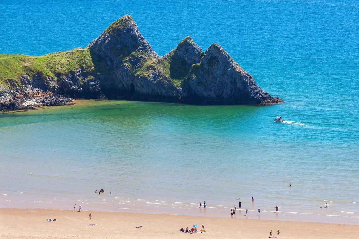8 Seriously Beautiful Places In Wales That You Could