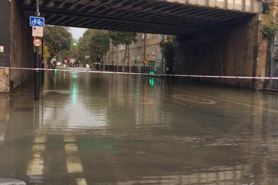 Camberwell Flooding Road Submerged Under Water With 20