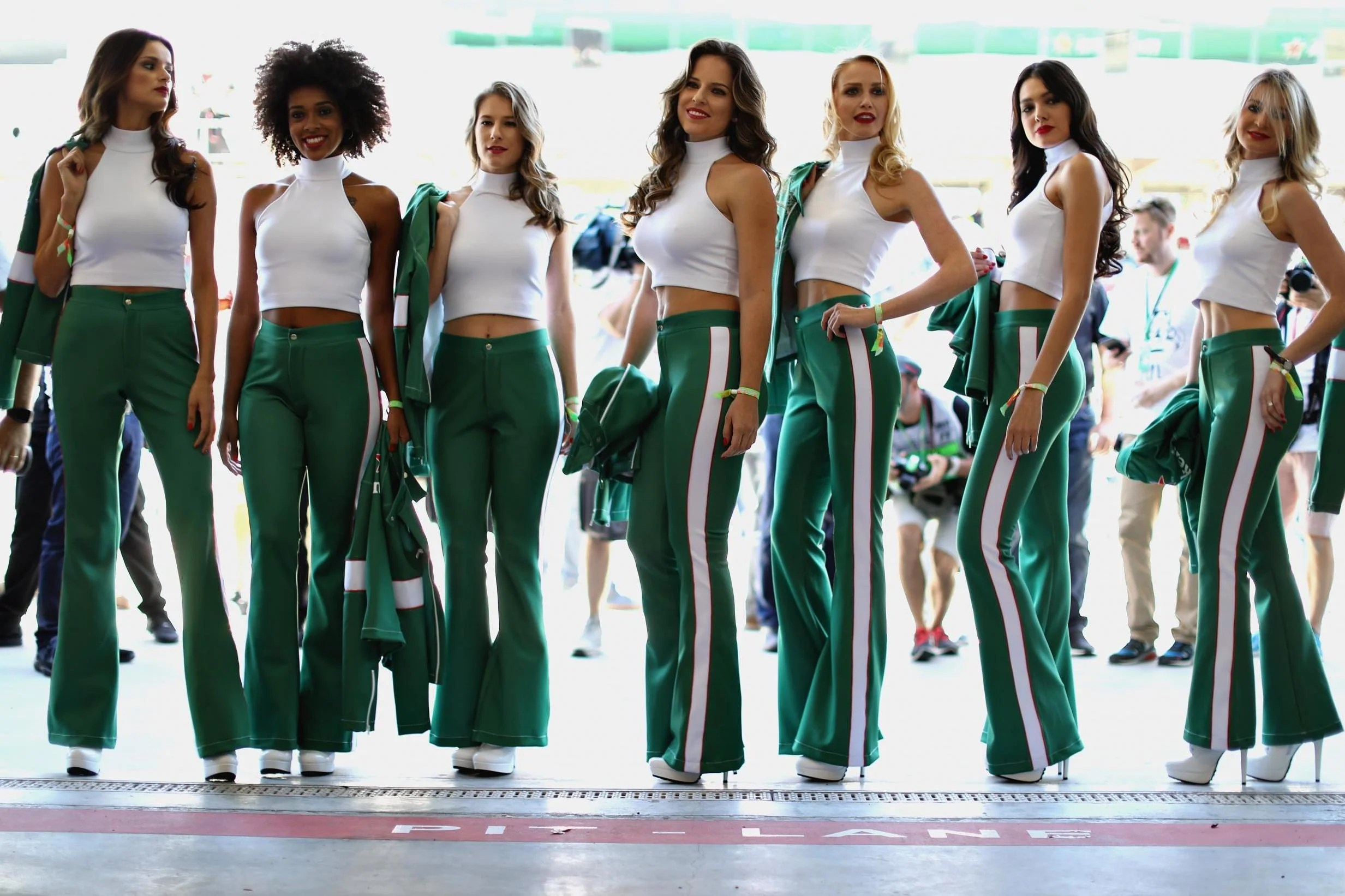 f1 grid girls dropped