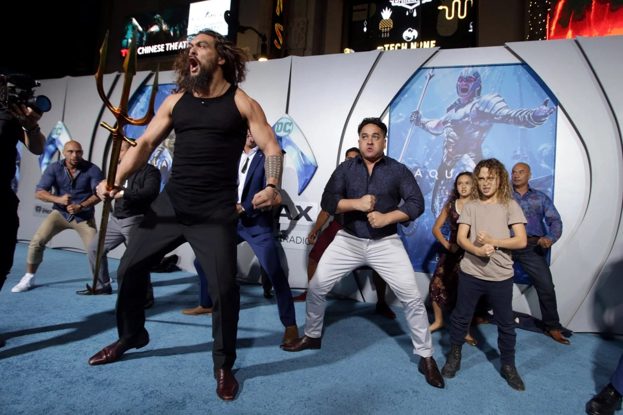 Jason Momoa upstaged by his children as he leads haka at Aquaman premiere  and fans cant cope