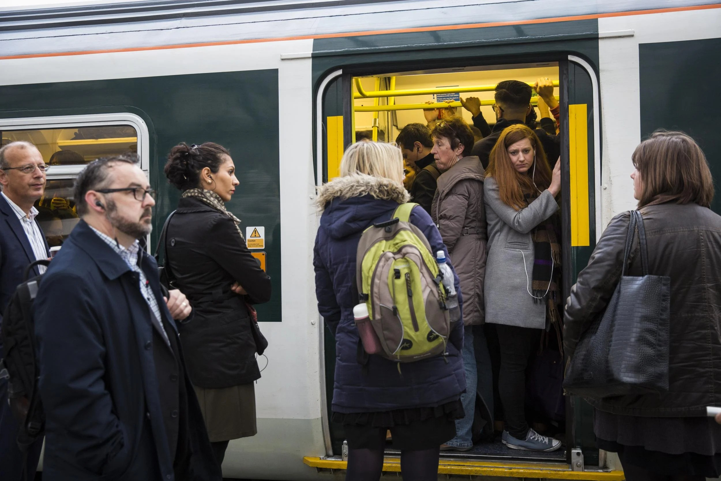 gettyimages-615359306 London weather latest: Travel misery for commuters enters second day as flooding halts services again