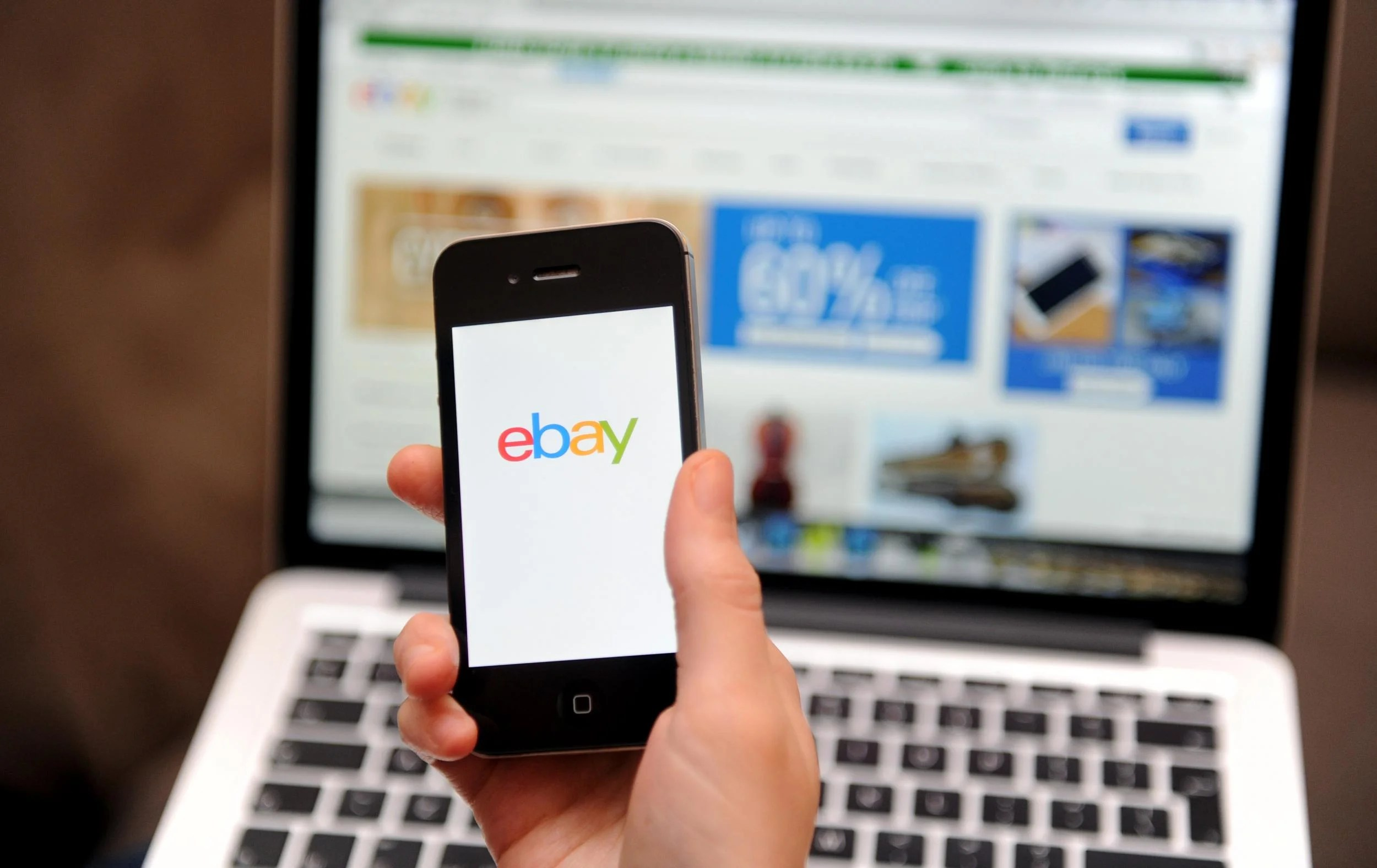 ebay1206 eBay down: Auction site crashes after being hit by technical difficulties