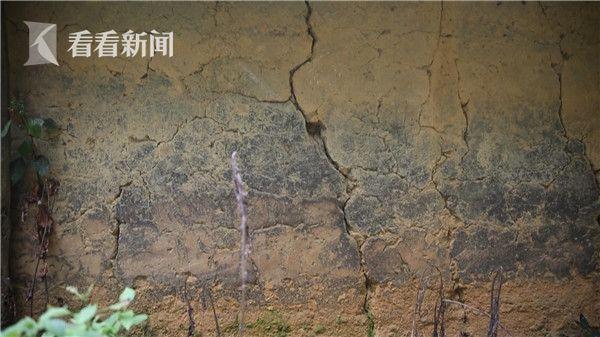 kitchen gutter white corian countertops 梦想改造家丨最后的布依部落:如何在改造整个古老村庄的同时保留文化遗产_上海图文_看看新闻
