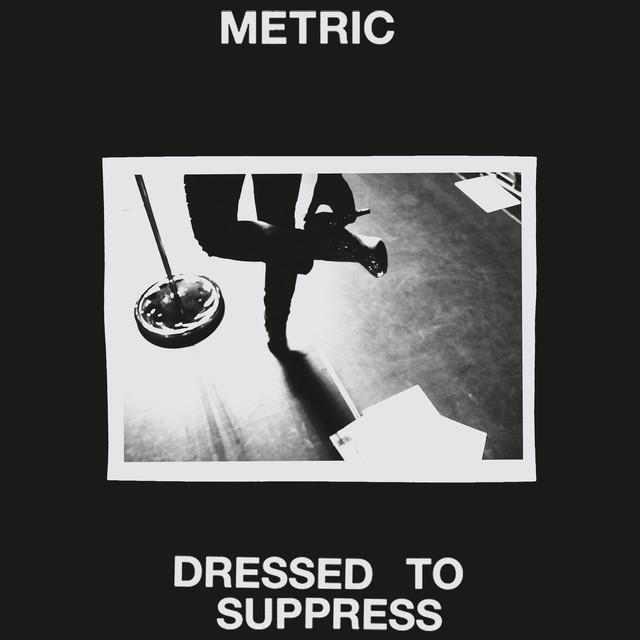 Metric Dressed To Suppress
