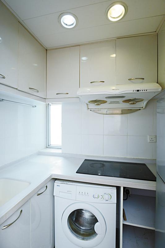 細廚房 組合櫃的圖片搜尋結果
