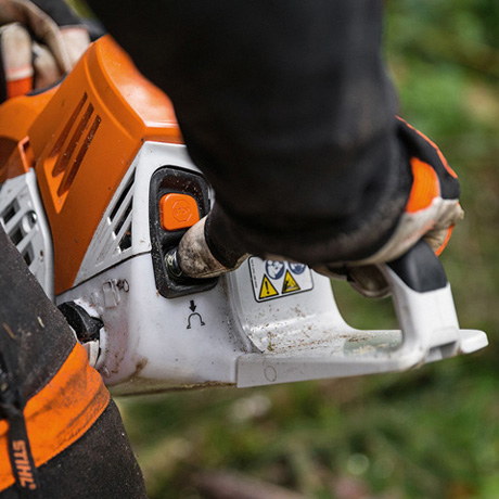 MS 500i  Innovative new chainsaw with electronically