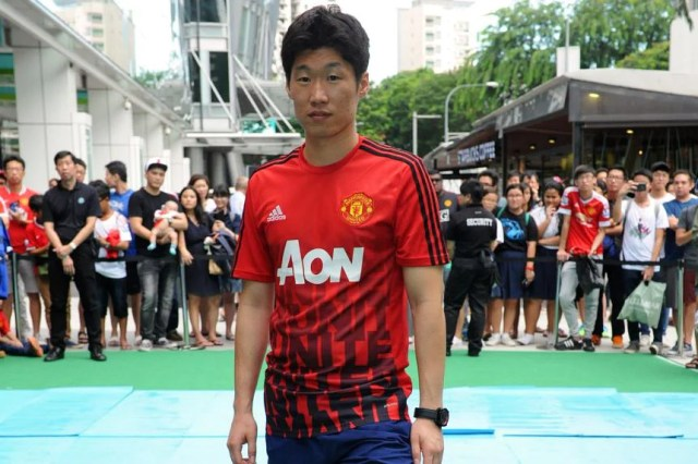 Football: Park Ji-sung urges Manchester United fans to stop chant about dog  meat, Football News & Top Stories - The Straits Times