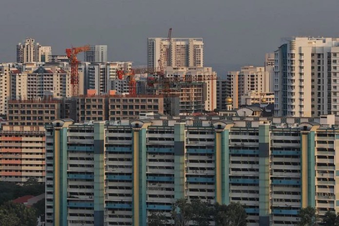 Watch HDB's deficit fell to .34b as fewer items accomplished, dip in upgrading works – Google Singapore News