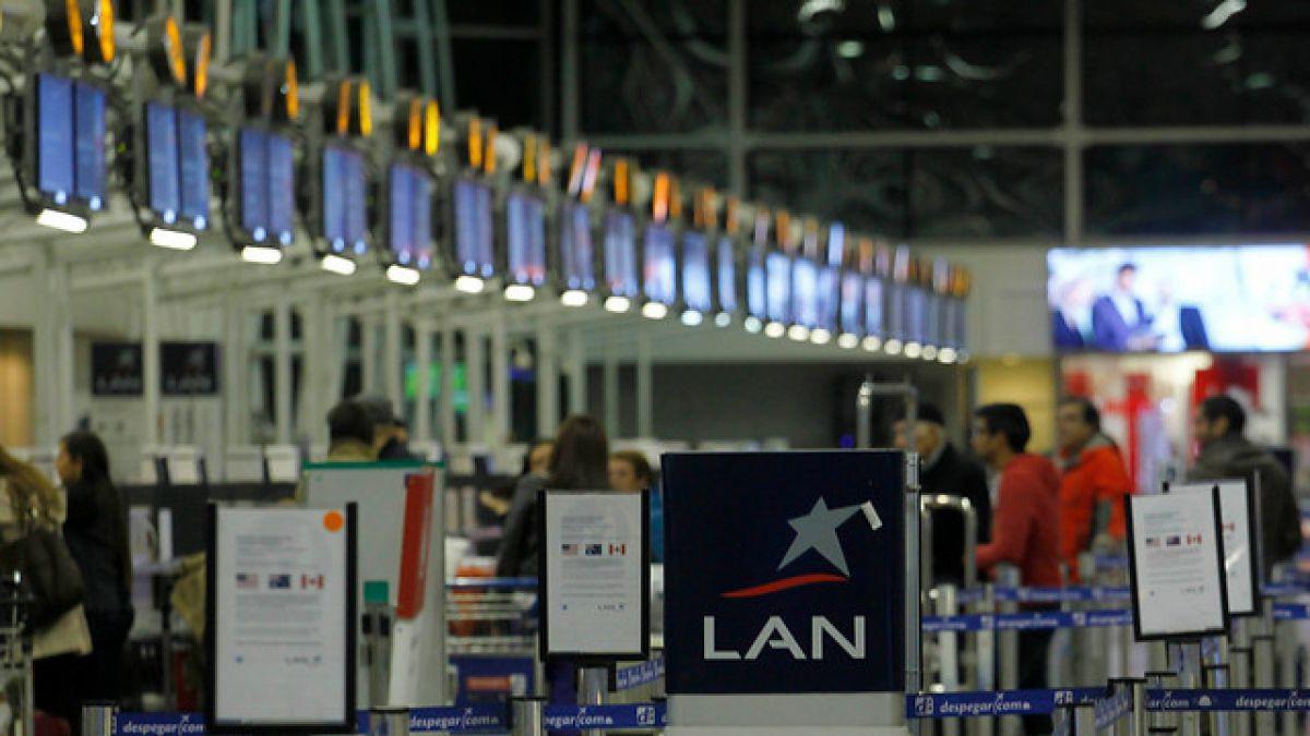 Resultado de imagen para Aeropuerto Santiago Chile Latam