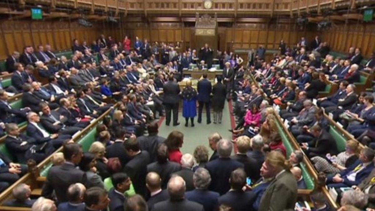 Brexit: Parlamento británico aprueba la legislación que iniciará la salida de Reino Unido