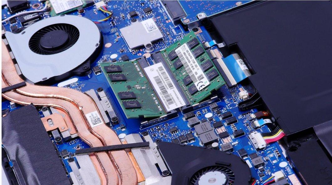 ASUS ROG GL702V - memoriile RAM