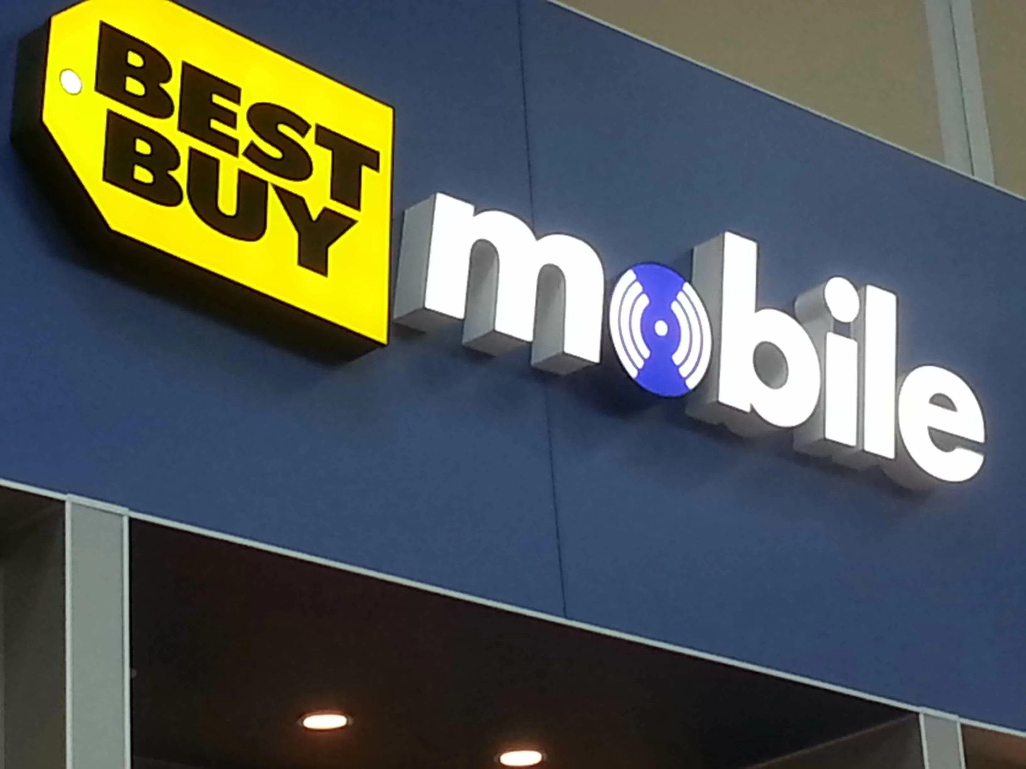Best Buy Is Shutting Down 250 Mobile Outlets  Techspot