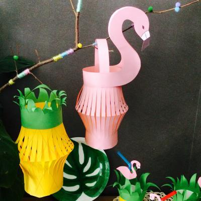 Lanternes en papier tropicales