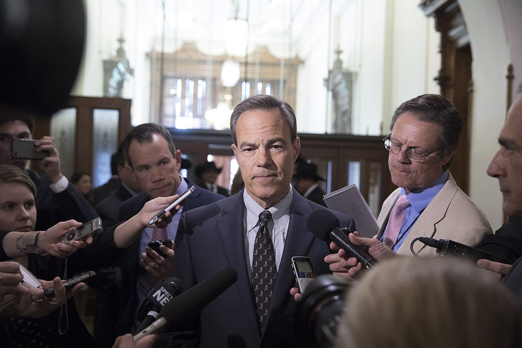 House Speaker Joe Straus, R-San Antonio, holds a press conference in the back hall of the House chamber on May 17, 2017.