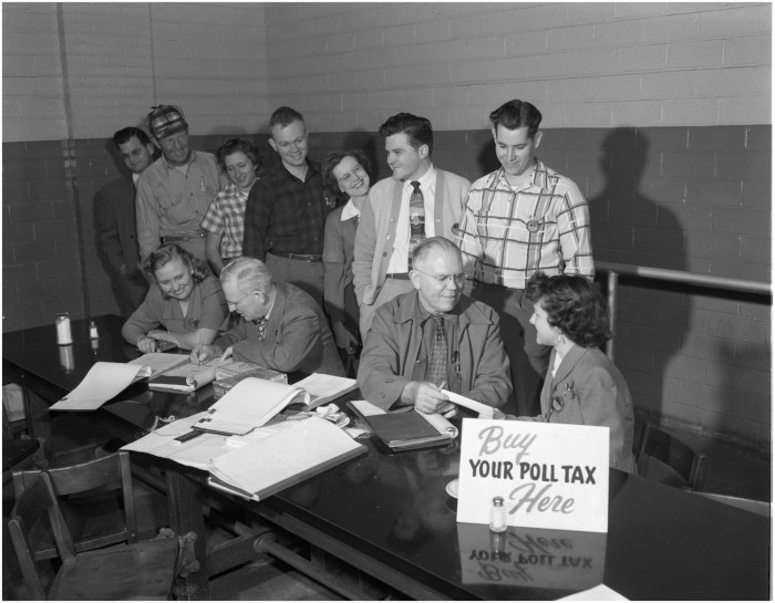 Paying Poll Tax in Cafeteria, November 9, 1951; (texashistory.unt.edu/ark:/67531/metapth40623/: accessed June 15, 2017), University of North Texas Libraries, The Portal to Texas History.