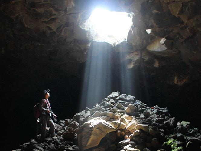 Travel firm starts tour to regions longest lava caves in