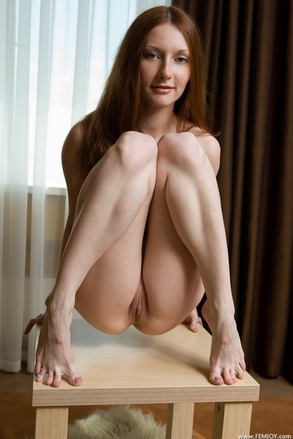 Vada nude pics in Make Me Some Space from FEMJOY