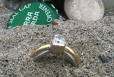 The lost diamond ring is found again