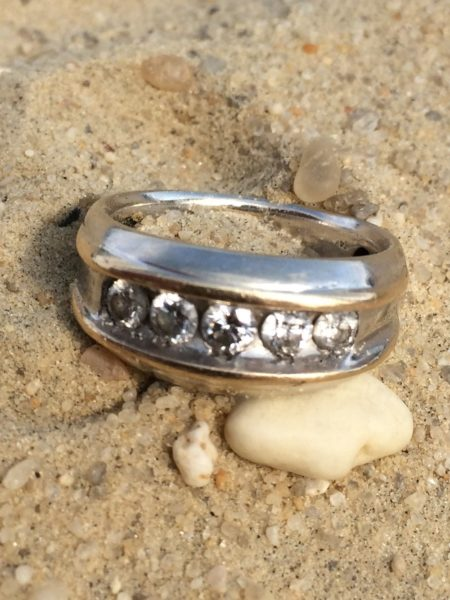 lost wedding ring in lake at ocean view campground recovered by nj lost ring finder - Lost Wedding Ring