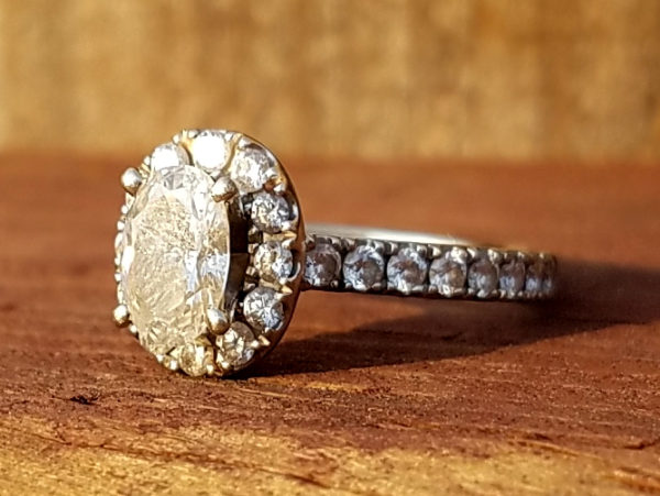 Vacaville Backyard Yields Up Lost Neil Lane Diamond Engagement Ring After Missing For A Week