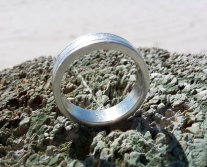 lost and found platinum wedding ring