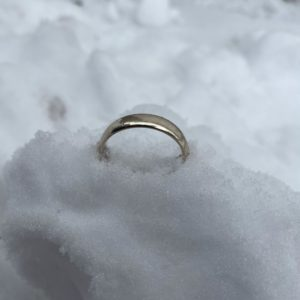 Ring lost in snow New Haven CT