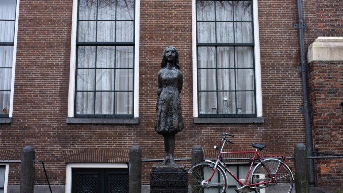 Things to do in Amsterdam - Visit the Anne Frank House