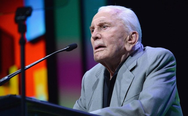 Kirk Douglas Honored On 102nd Birthday By His Ny Hometown