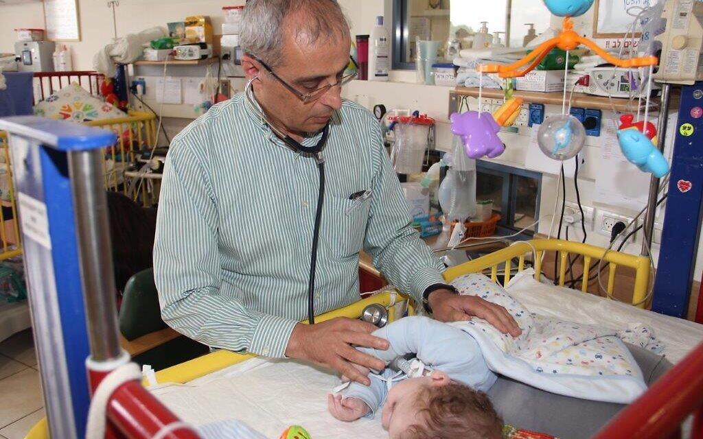 Israeli device could help treat coronavirus patients in China ...