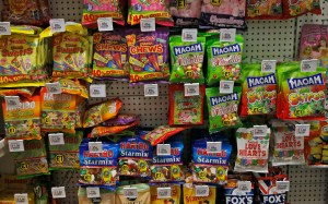 Unhealthy foods can harm skeletal development in young people, the study reveals