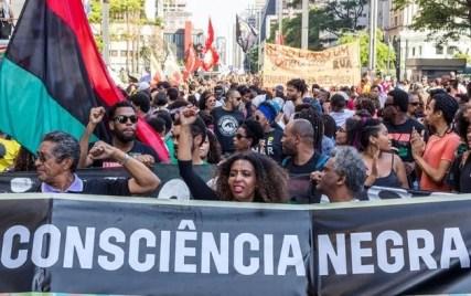 Marcha no dia Consciência Negra