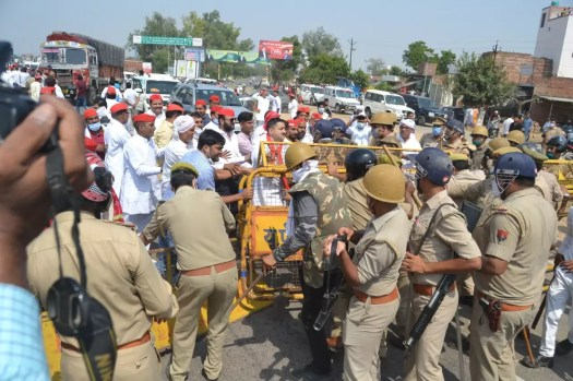Hathras sealed, Sec 144 put in place for a month to curb protests | India News 4