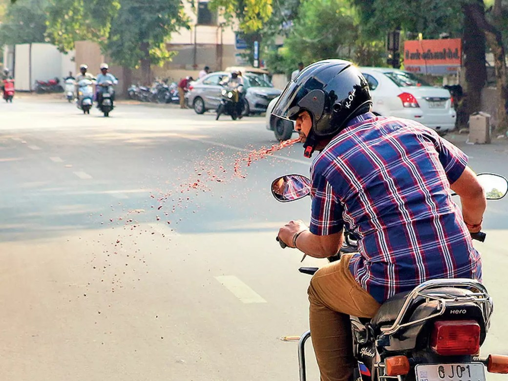 Gujarat to ban spitting in public
