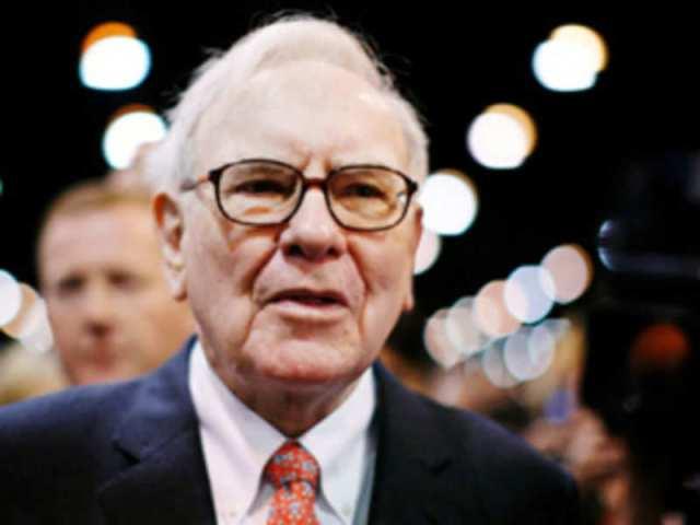 Warren Buffett Gives New Hint About His Successor