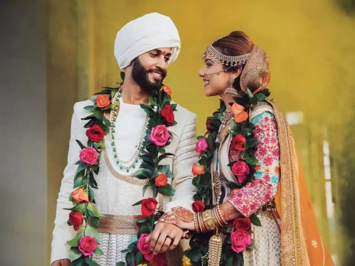 This stylish couple gave us Bajirao Mastani vibes at their wedding 1