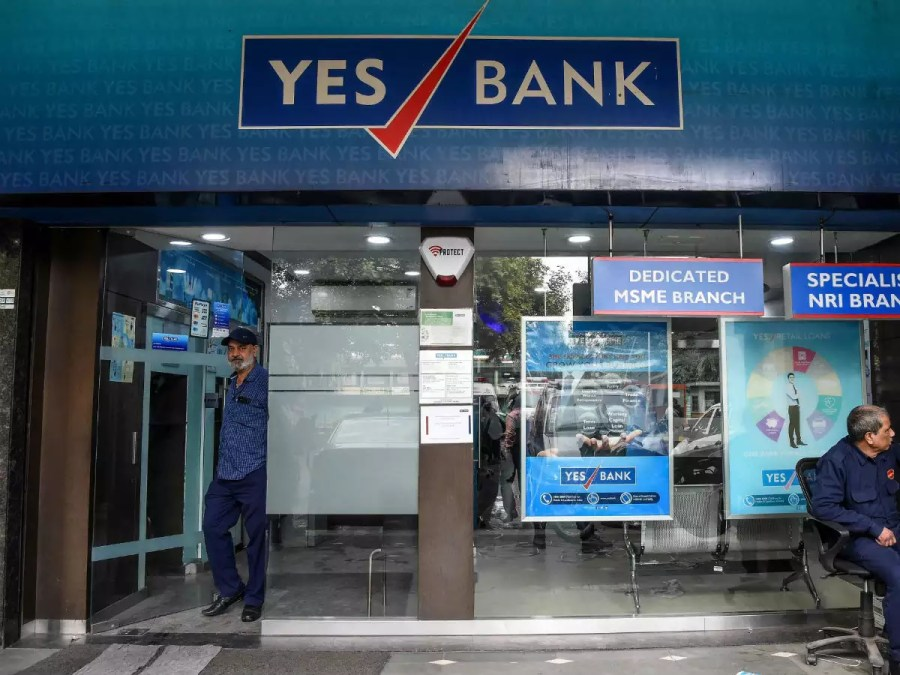 yes bank falling